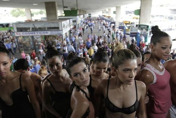 День нижнего белья в Бразилии. Изображение № 15.