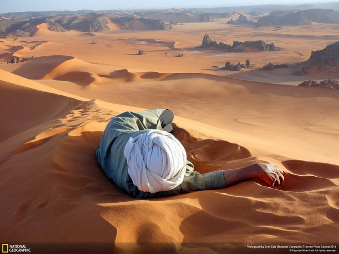 A Well Earned Rest in the Sahara / Фотограф: Evan Cole. Изображение № 1.