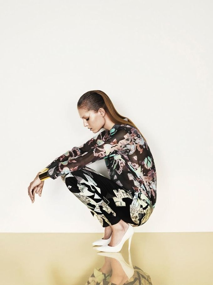 Вышли кампании Dior, Prada, Louis Vuitton и других марок. Изображение № 14.