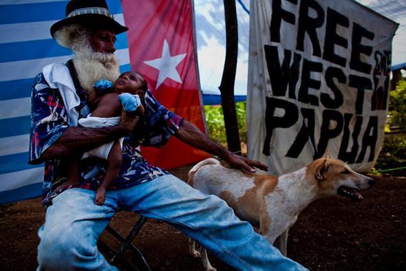 Папуа Новая Гвинея отБрента Стиртона. Изображение № 43.