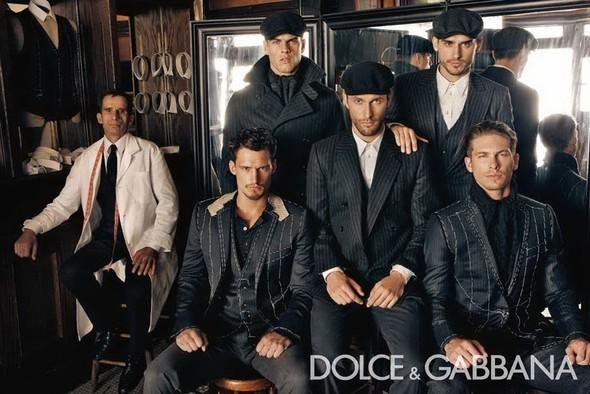 Dolce & Gabbana Fall 2010. Изображение № 9.
