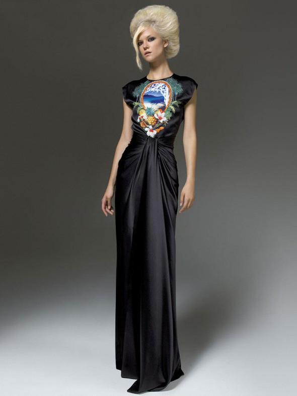 Лукбук: Atelier Versace FW 2011. Изображение № 28.