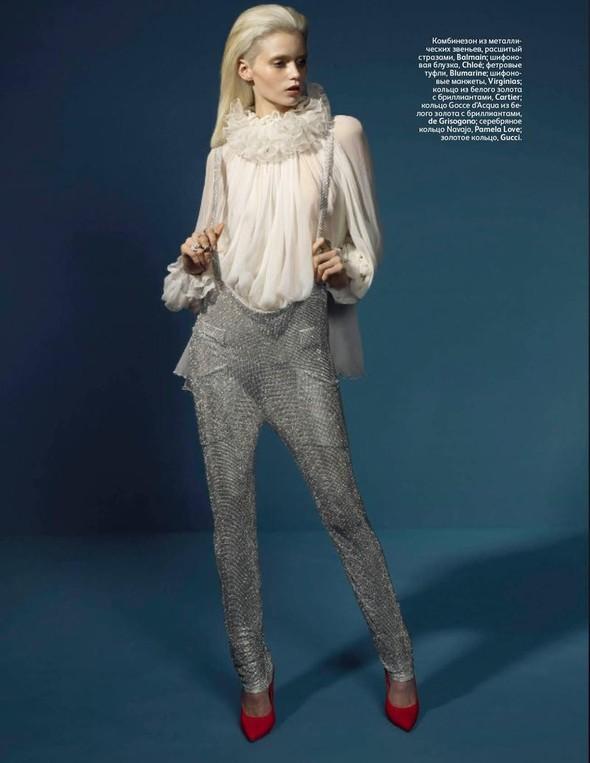 Съёмка: Эбби Ли Кершо для российского Vogue. Изображение № 9.
