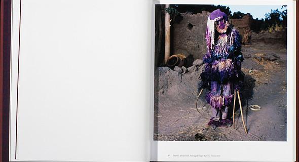 12 альбомов фотографий непривычной Африки. Изображение № 65.