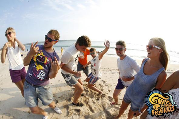 SurfsUpFriends - серфинг лагерь на Бали в ноябре. Изображение № 4.