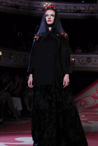 Дневник модели: Показы недели моды Haute Couture. Изображение № 87.