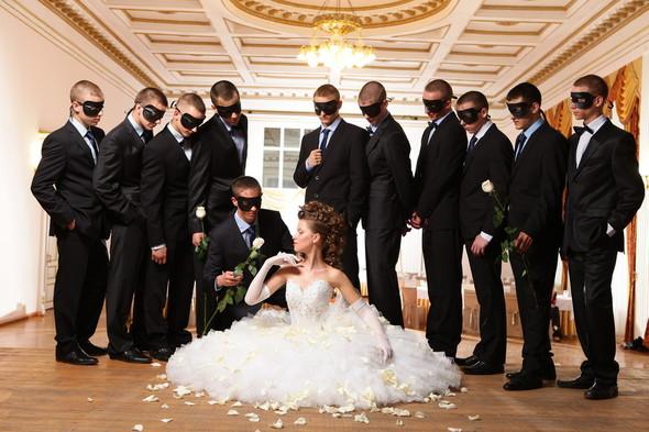 Съемка: свадебные платья. Изображение № 5.
