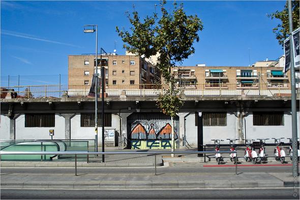 Стрит-арт и граффити Барселоны, Испания. Изображение № 37.