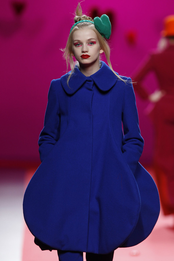 Испанцы Fall Winter 2011/2012: AGATHA RUIZ DE LA PRADA. Изображение № 5.