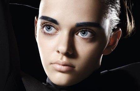 Маша Тельна – модель судивительно большими глазами. Изображение № 4.