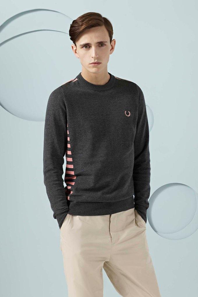 Вышли новые лукбуки Burberry, Fred Perry и Louis Vuitton. Изображение № 39.