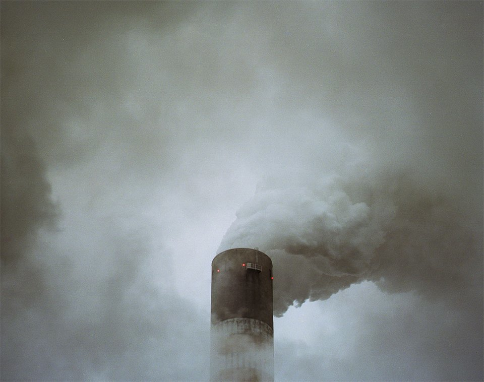Красивые, но пугающие столкновения природы и индустрии. Изображение № 4.