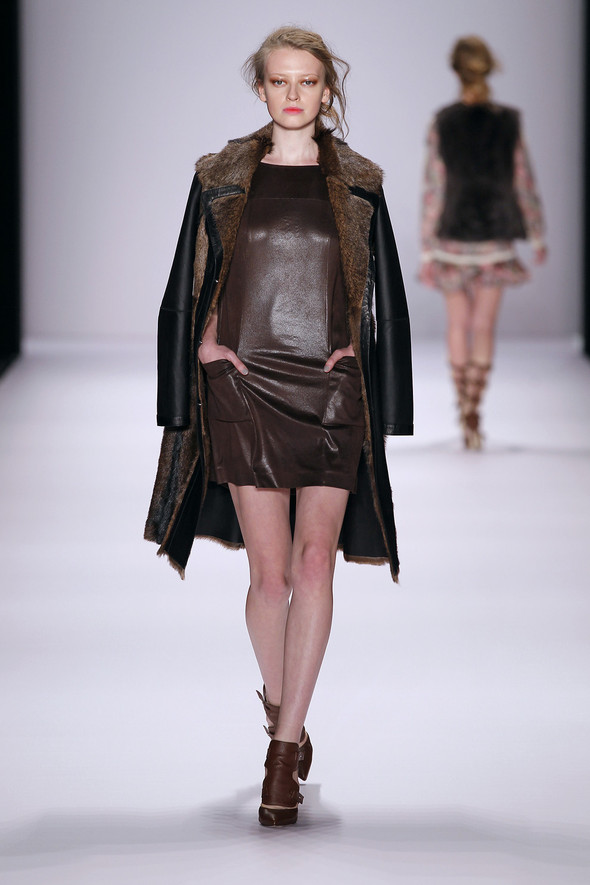 Berlin Fashion Week A/W 2012: Escada Sport. Изображение № 9.