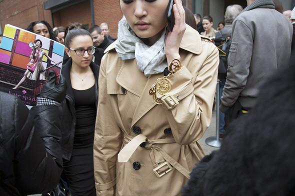 Изображение 23. Детали: New York Fashion Week.. Изображение № 17.