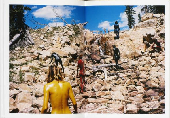 В дороге: 9 фотоальбомов о путешествиях. Изображение № 22.