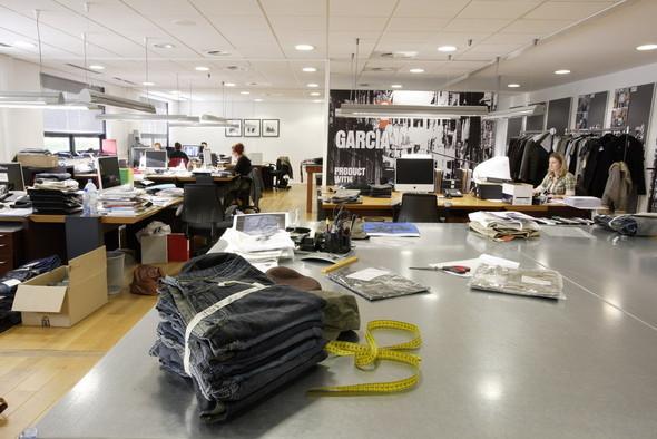 Garcia Jeans. Изображение № 1.