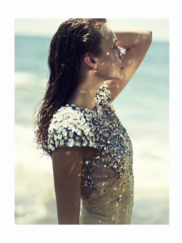 Новые съемки: Vogue, V, Elle и другие. Изображение № 35.