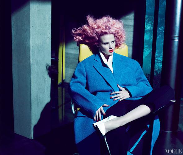 Новые съемки: Vogue, 25 Magazine, Exit. Изображение № 39.