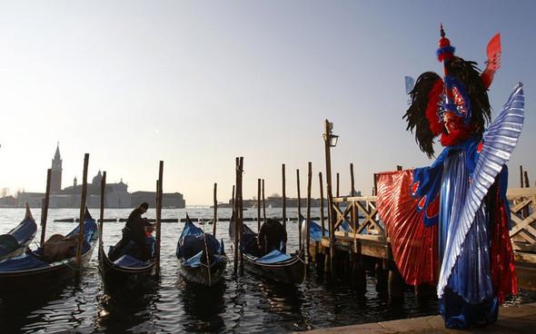 Венецианский карнавал масок. Изображение № 26.