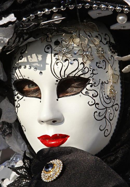 Венецианский карнавал масок. Изображение № 23.