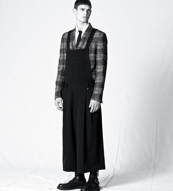 Мужские лукбуки: Rad Hourani, Versace и другие. Изображение № 16.