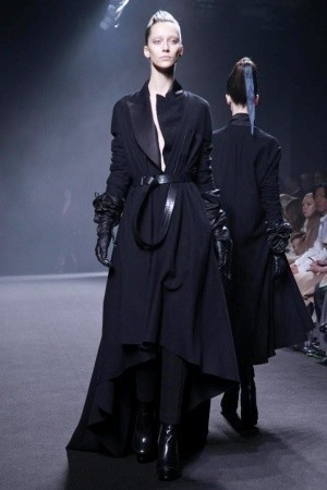 Изображение 44. Показы на Paris Fashion Week FW 2011: день 5.. Изображение № 9.