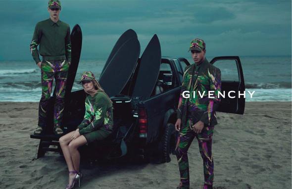 Кампания: Givenchy SS 2012. Изображение № 2.