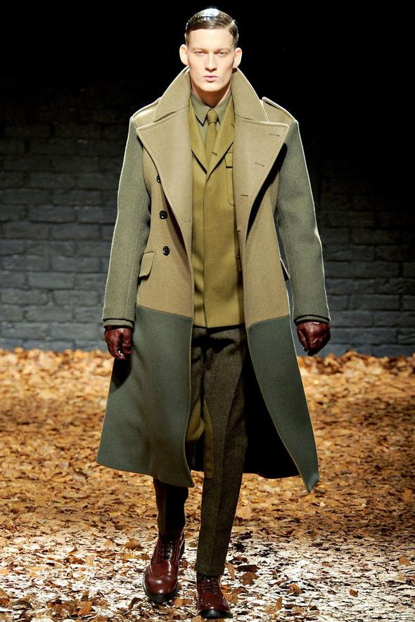 Лукбук McQ by A. McQueen F/W 2012-13, Женская и мужская коллекции. Изображение № 24.