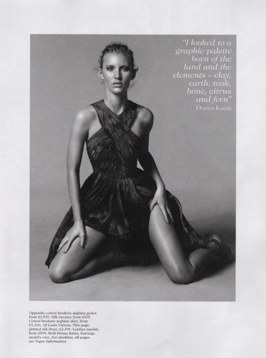 Съёмка: Дэниел Джексон для британского Vogue. Изображение № 15.