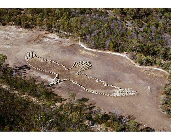 Новая земля: Гид по современному ленд-арту. Изображение № 90.