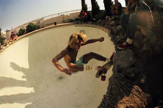 Hugh Holland. Скейтборд-хроники 70-х. Изображение № 26.