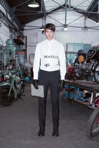 Givenchy, Comme des Garçons, Folk и другие марки показали новые лукбуки. Изображение № 13.