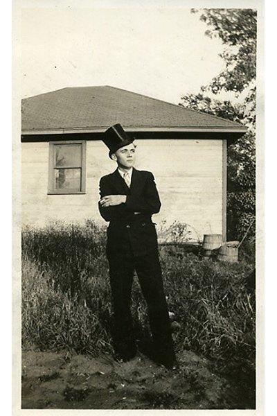 Мартон Перлаки,  создатель журнала The Room  и фотограф. Изображение № 40.