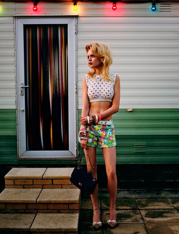 Съёмки: Interview, Oyster, Wonderland и другие. Изображение № 44.