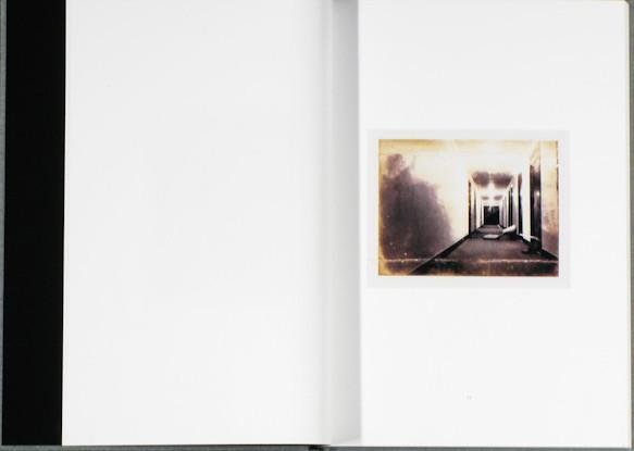 20 фотоальбомов со снимками «Полароид». Изображение №123.
