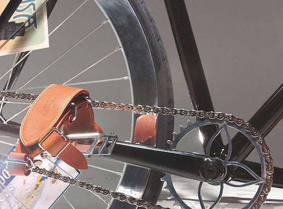 Велосипед для игры в поло от Louis Vuitton. Изображение № 4.