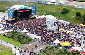 15 летних фестивалей в Европе, где музыка — не самое главное. Изображение № 112.
