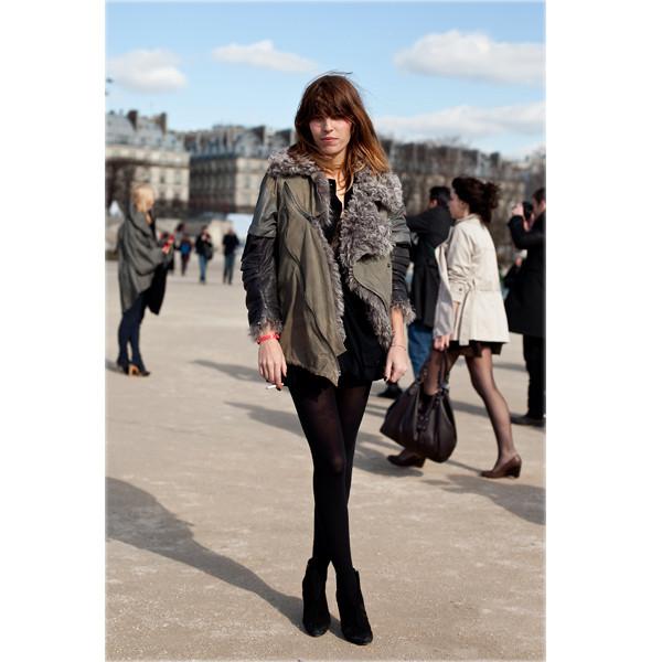Луки с Недели моды в Париже. Изображение № 79.