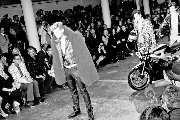 Неделя моды в Нью-Йорке: Репортаж. Изображение №10.