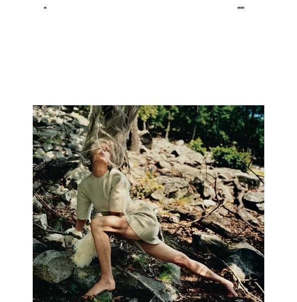 5 новых съемок: Dazed & Confused, Harper's Bazaar и W. Изображение № 3.