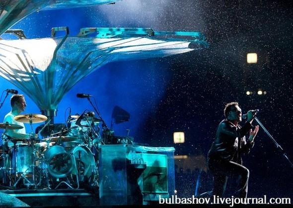 """U2 объединили 80 тысяч человек в сводах """"Лужников"""". Изображение № 2."""
