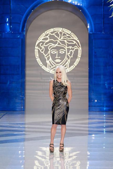 Versace создадут коллекцию совместно с H&M. Изображение № 5.