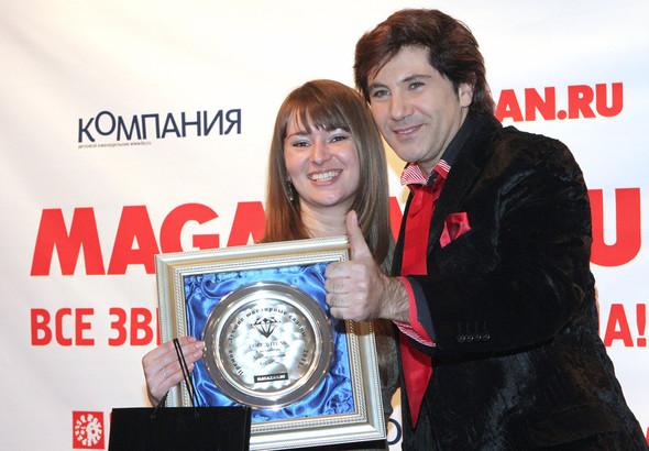 Cеть ювелирных бутиков LeCadeau получила премию «Лучшая витрина 2011»!. Изображение № 2.