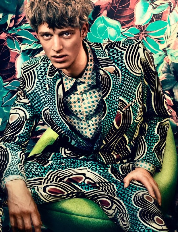 Мужские съемки: Dazed & Confused, i-D, Citizen K, Seventh Man и Men's Folio. Изображение № 19.