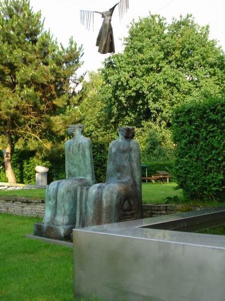 Скульптуры Джерзи Кедзиоры, парящие в воздухе. Изображение № 58.
