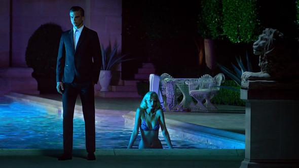Кампания: Versace for H&M Cruise 2012. Изображение № 4.