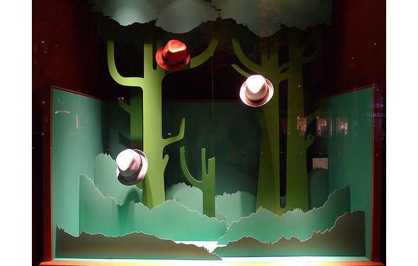 За стеклом: 7 необычных витрин. Изображение № 14.