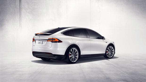 СМИ описали впечатления от новой машины Tesla Motors. Изображение № 4.