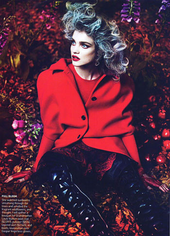 Into the Woods. Natalia Vodyanova. Vogue Sept-09. Изображение № 9.