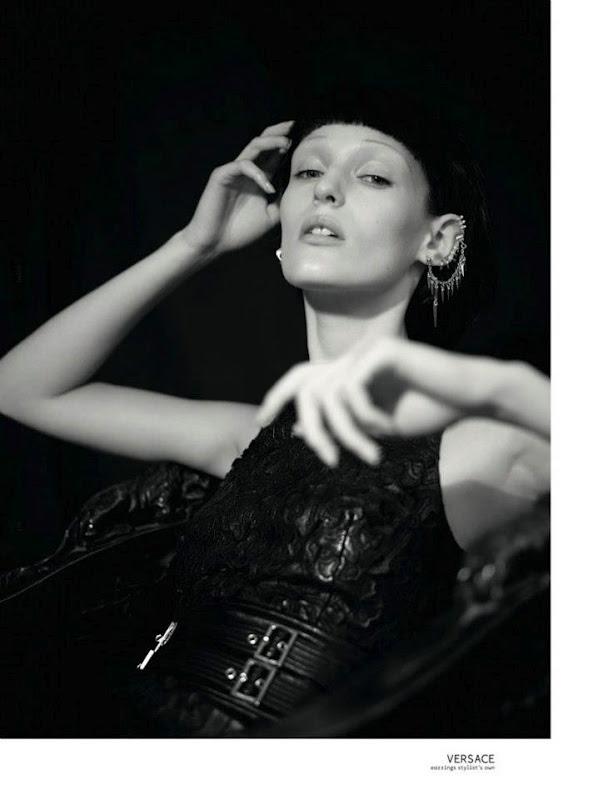 Новые съемки Dazed & Confused, Vogue, Pop и Madame Figaro. Изображение № 17.